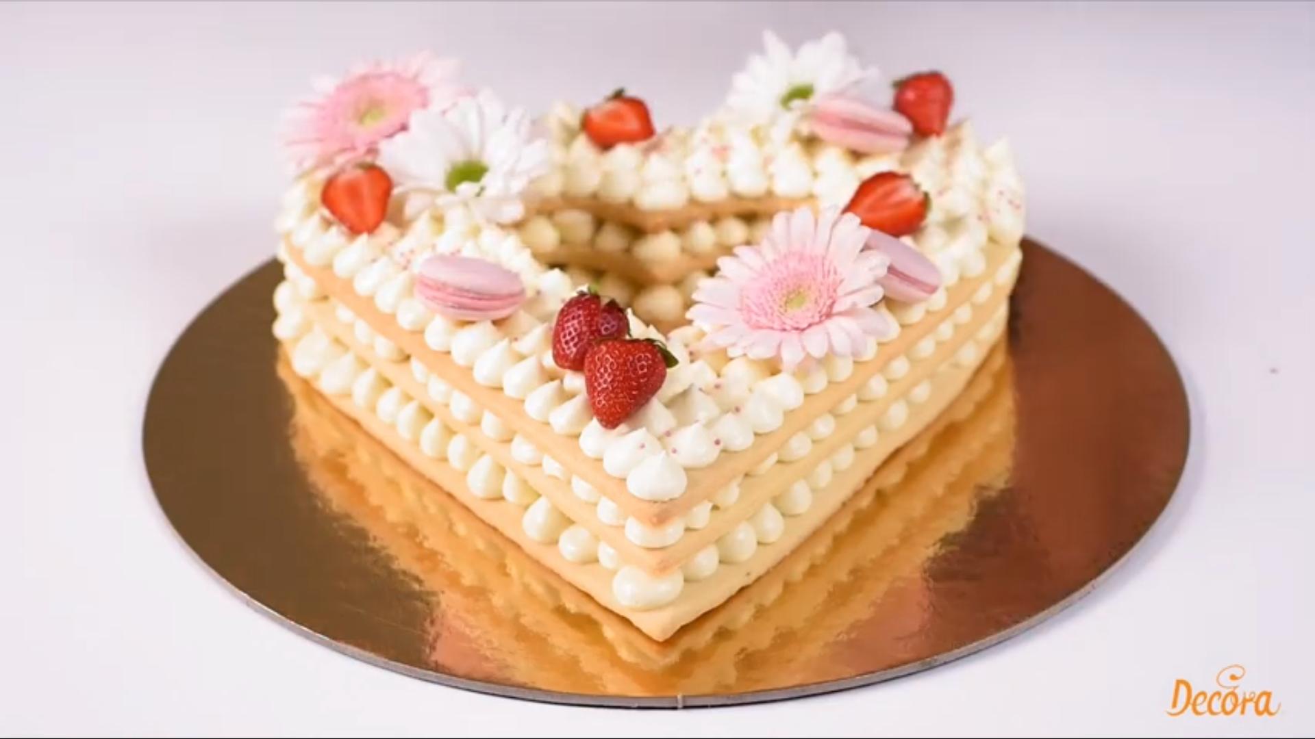 Torta Cuore Decora