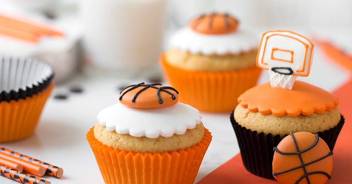 Muffin con gocce di cioccolato – tema basket